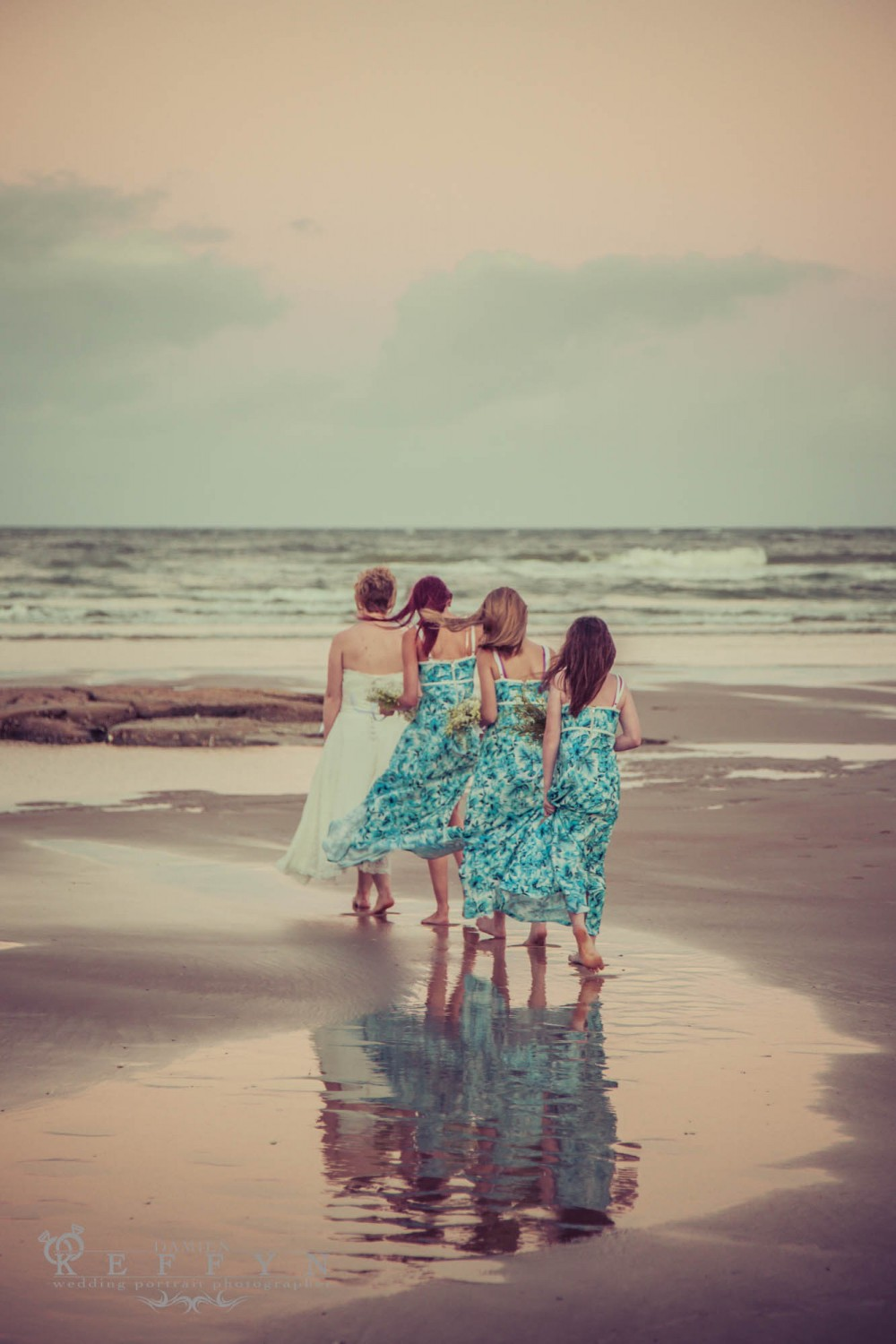 Hannah Bradley Destination Wedding Sunshine Coast, Kings Beach, Queensland, Wedding, sunshine coast, boat ramp, Australia, Australian Wedding Photographer, Destination Wedding